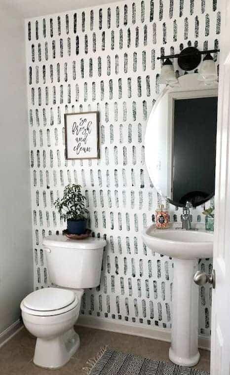 sponge paint diy accent wall