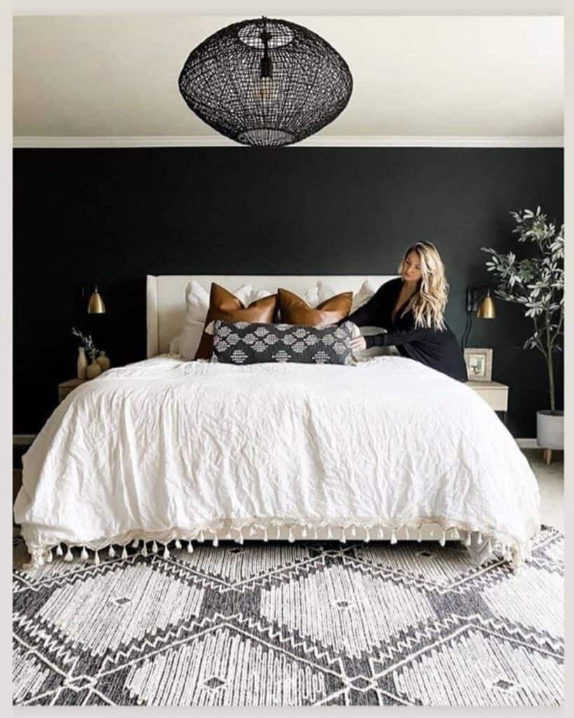 Black Accent Wall In Bedroom