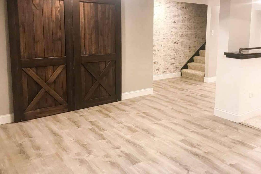 Sterling-Oak-Lifeproof-flooring-basement