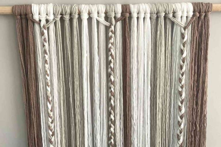 Yarn Wall Hanging – Two Ways In Under 30 Minutes