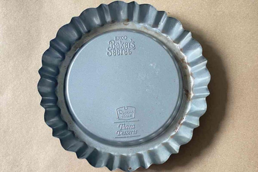 Duncan hills bakers secret tiara desserts pan from thrift store