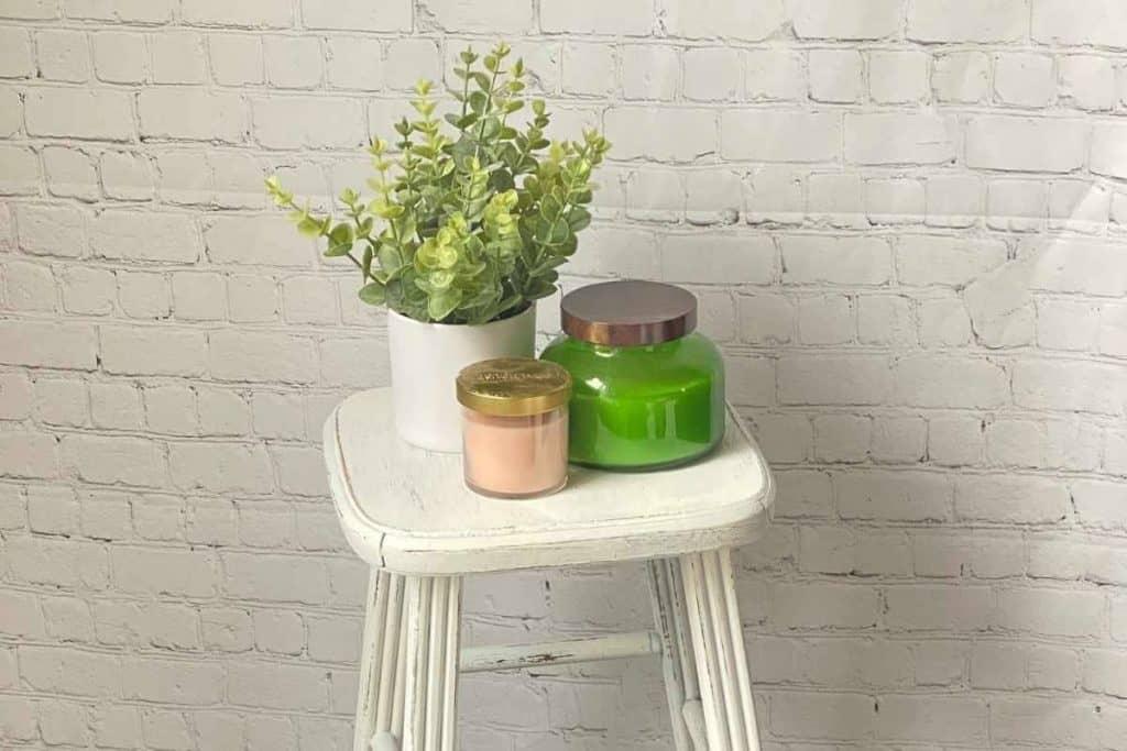farmhouse stool makeover