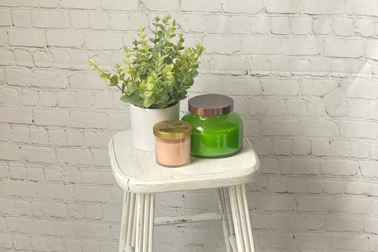 Simple Vintage Farmhouse Stool Makeover
